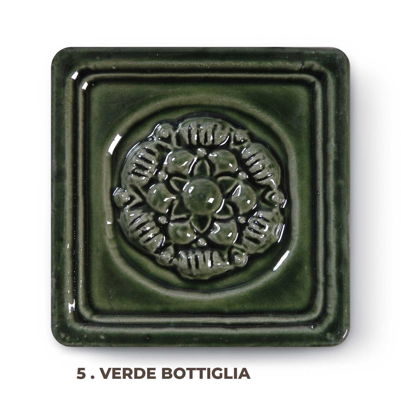 5 . Verde Bottiglia